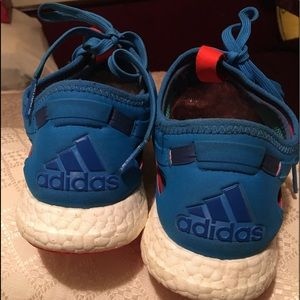 Adidas sneakers teal color